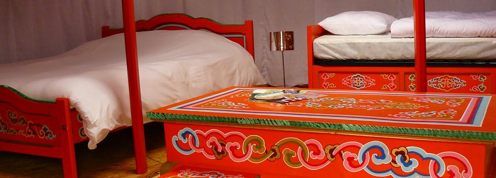 Intérieur de la Yourte dans le Marais Poitevin 3 lits disponnibles pour 4 à 5 personnes