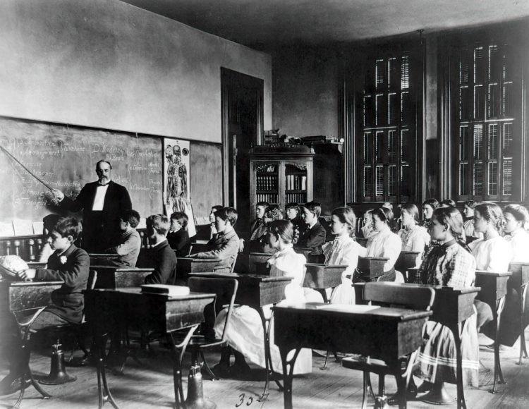1800 classroom picture