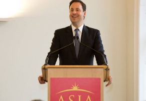 Ciobo breaks the news on the TPP