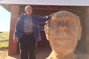 Prince Leonard, honoured by loyal termites, winks at stupid Aussies
