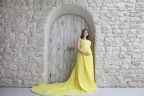 №15 Платье жёлтое со шлейфом