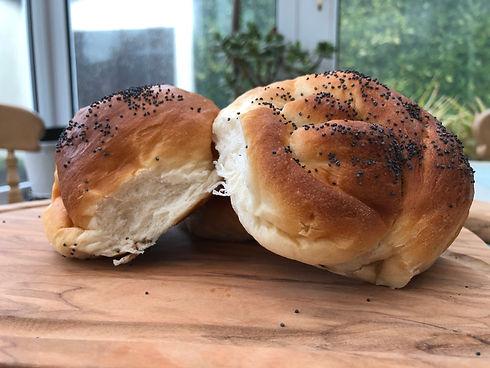 Bread rolls.jpg