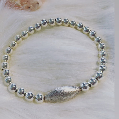 Sterling Brushed Focal Ball Bracelet