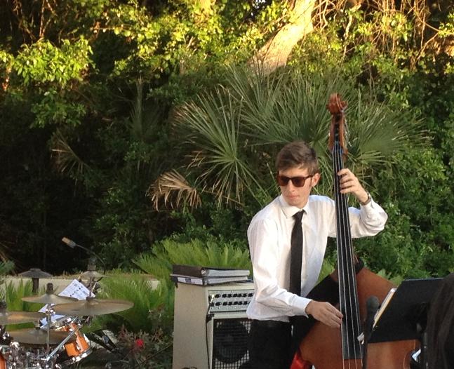 Aaron Kinman, Bass