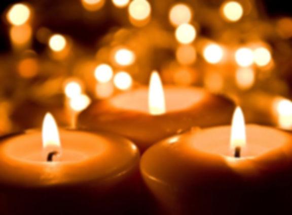 christmas-candlelight-888x654-c.jpg