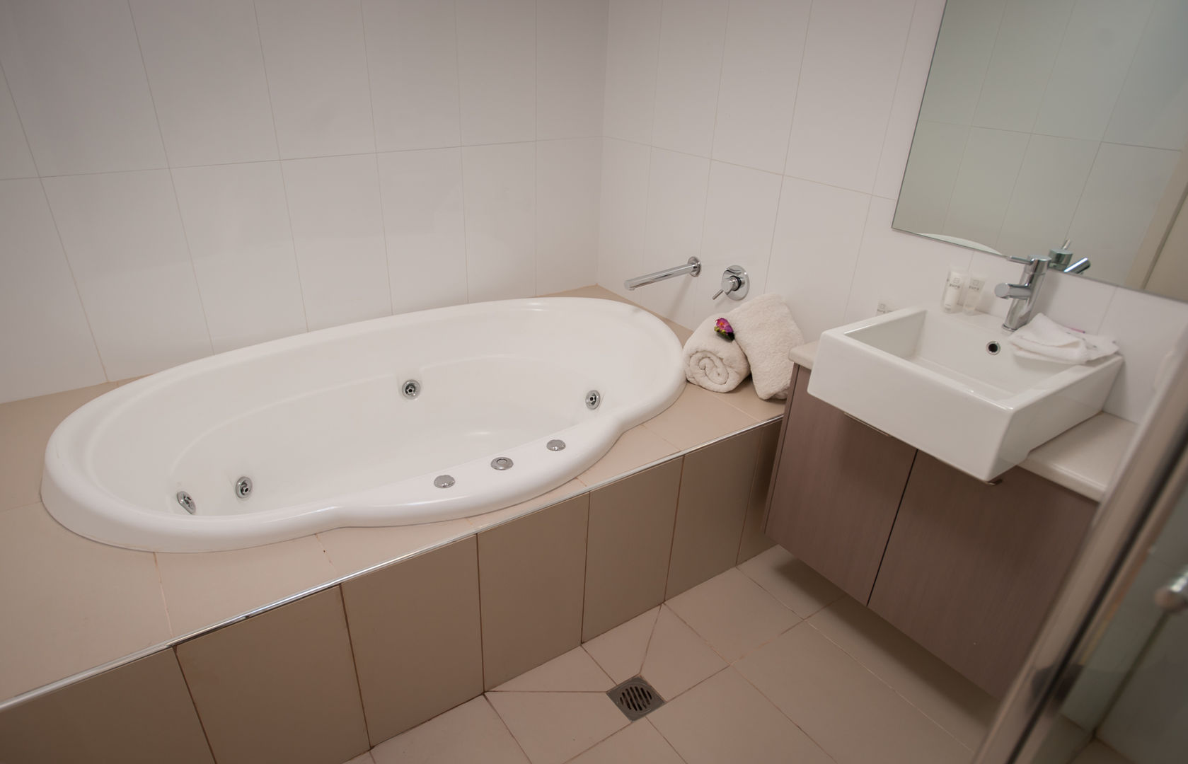 Bathroom - spa bath