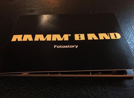 Ramm'band: Fotostory. Красочная книга с отборными концертными фото группы и зрителей!