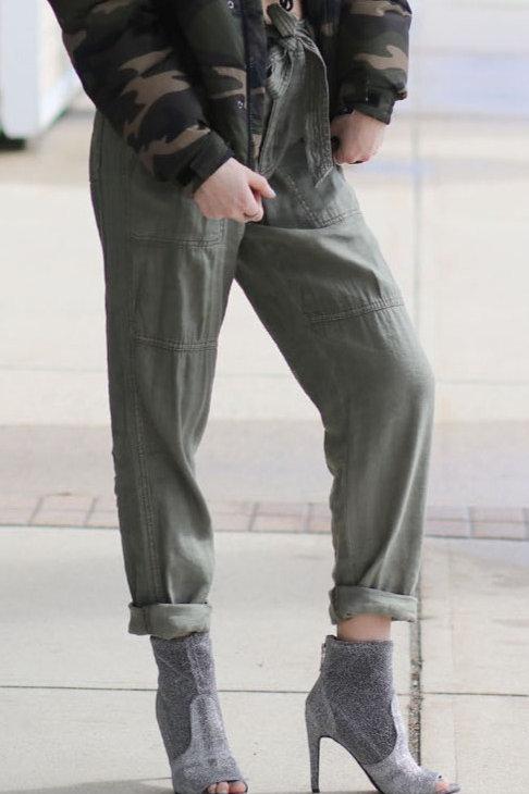 American Eagle dress pants size 4