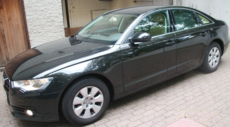 Audi A6 1.JPG