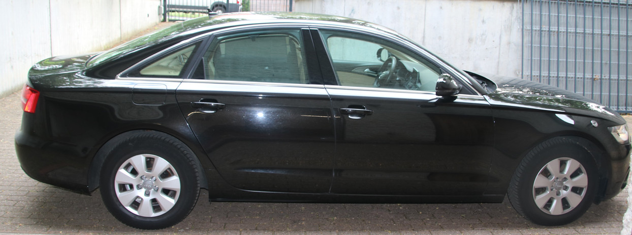 Audi A6 3.JPG