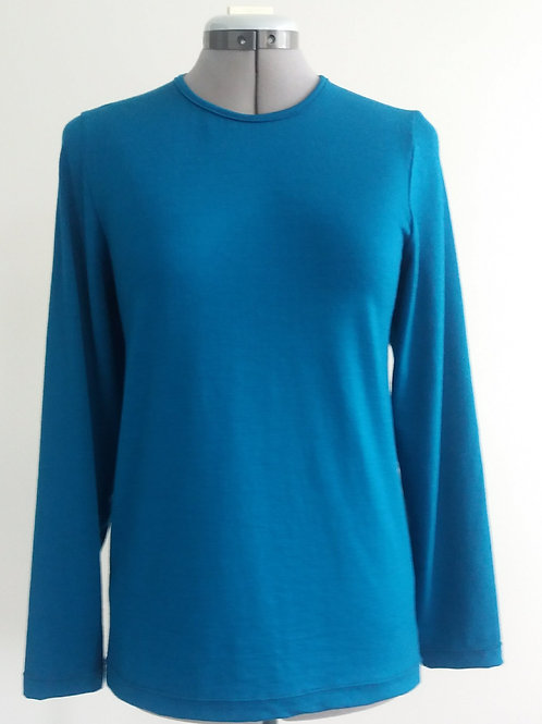 Crew Neck with Long Sleeves