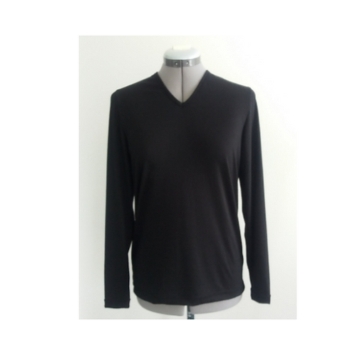 V Neck with long sleeves