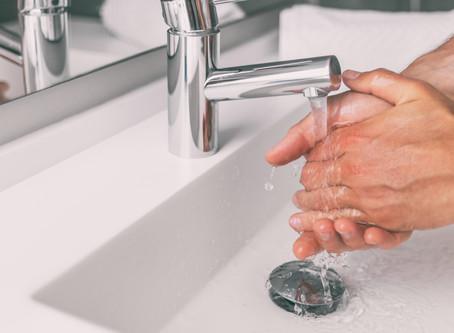 Il Ministero Salute avverte: con acqua e sapone occorrono almeno 60 secondi per lavarsi le mani.