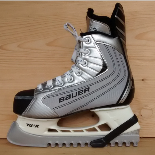 Bauer Ice Skates - UK 4 (37)