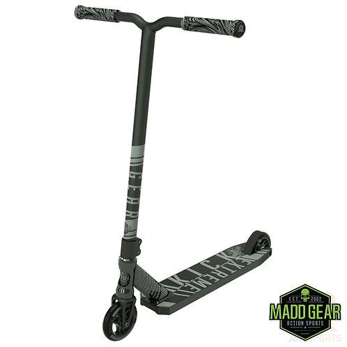 MADD Kick EXTREME V4 Scooter - Black
