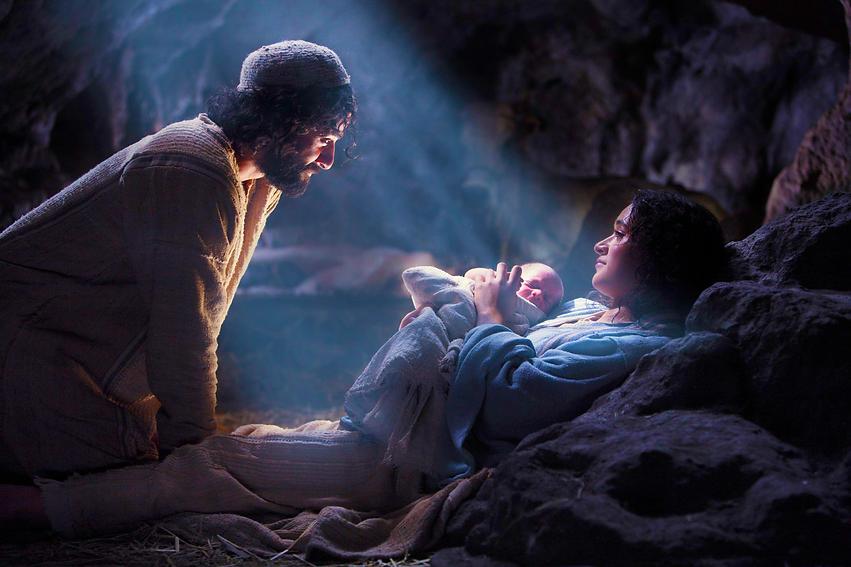 Mary ,Joseph & Baby Jesus.png