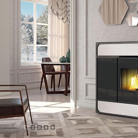 E900 M.jpg