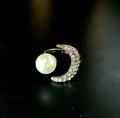 Adjustable Moon and Pearl Ring