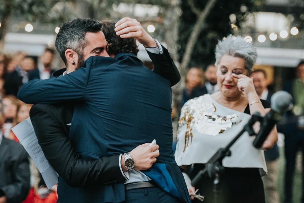 sydney-candid-wedding-photographers-53.j