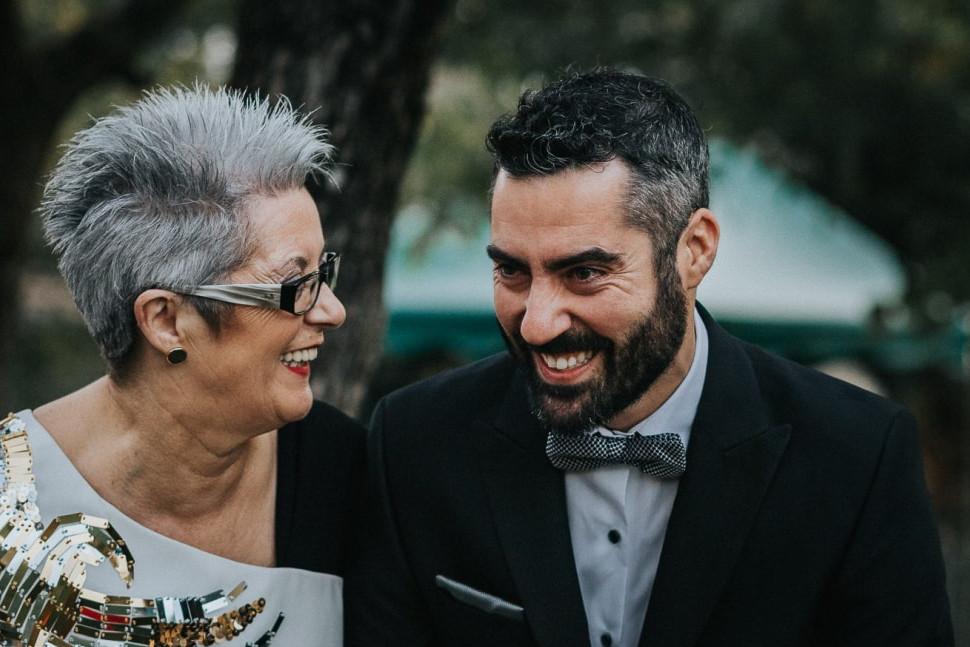 sydney-candid-wedding-photographers-35.j
