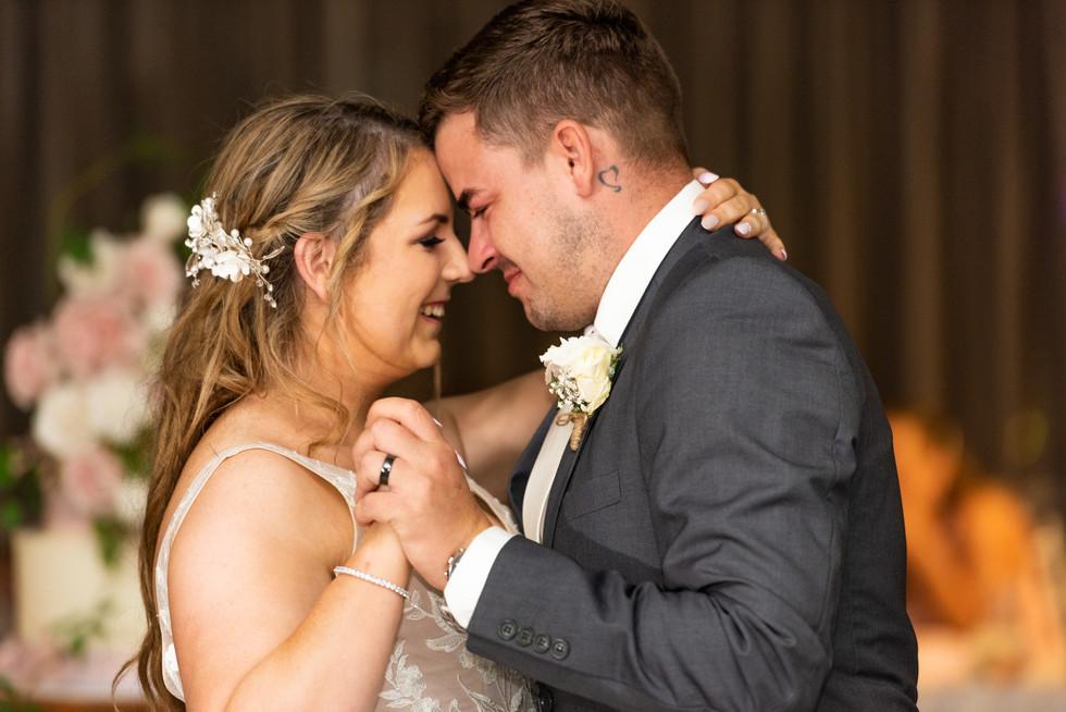 Jess & Ronnie - www.everlongweddings.com