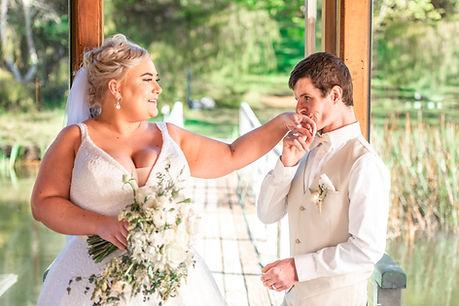 Melissa & Daniel - www.everlongweddings.