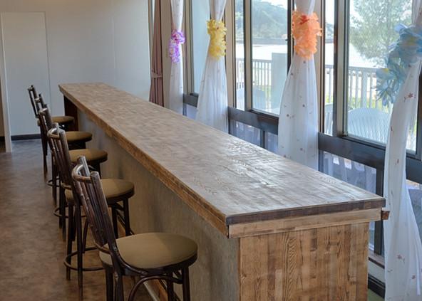 breakfast bar 2  wide.jpg