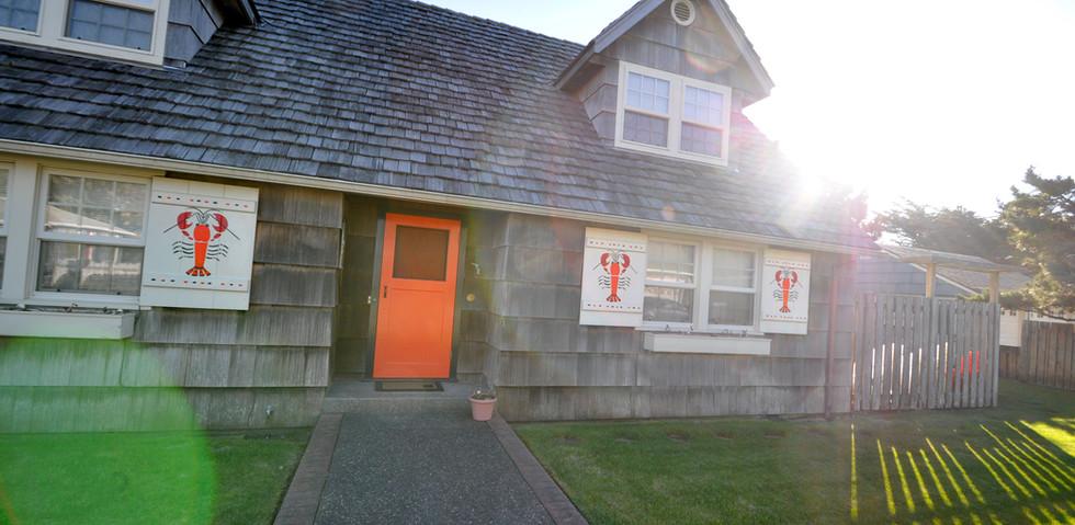 A Classic Seaside Beach House