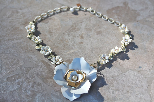 Vintage Bride - Vintage Enamel Flower Necklace