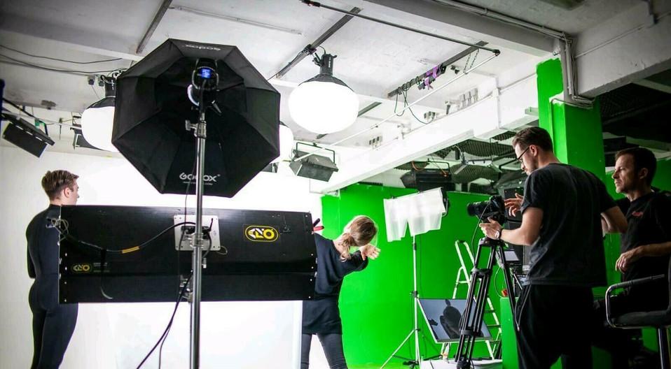 Copy of Cameraman 3.jpg