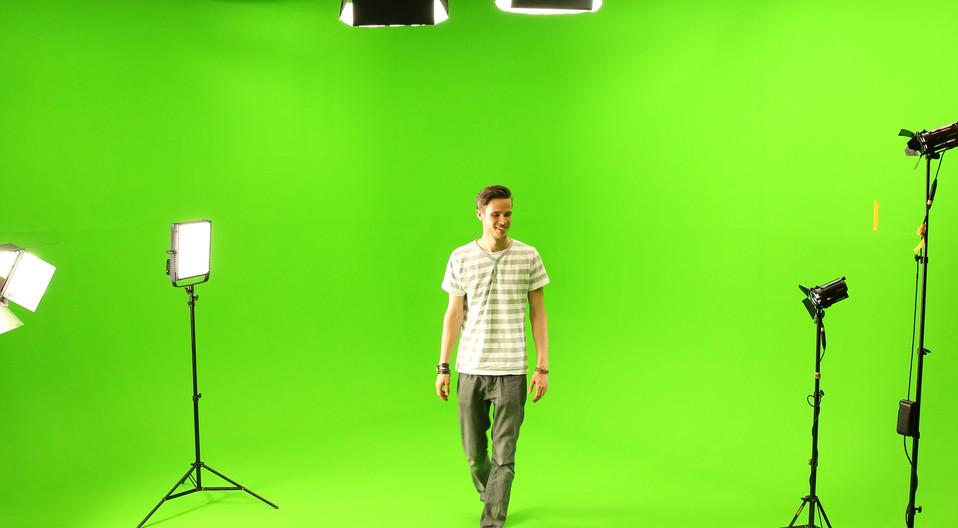 jimmy lee wolff greenscreenstudio uk cameraman