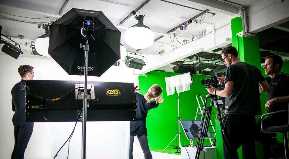 cameraman uk greenscreenstudio