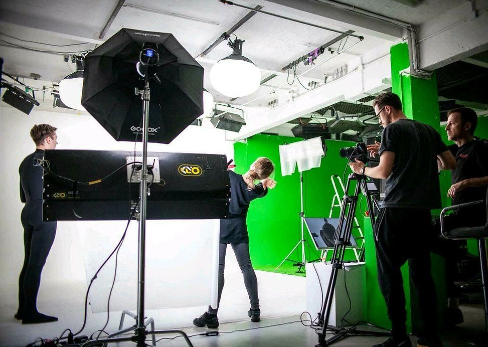 Cameraman 3.jpg