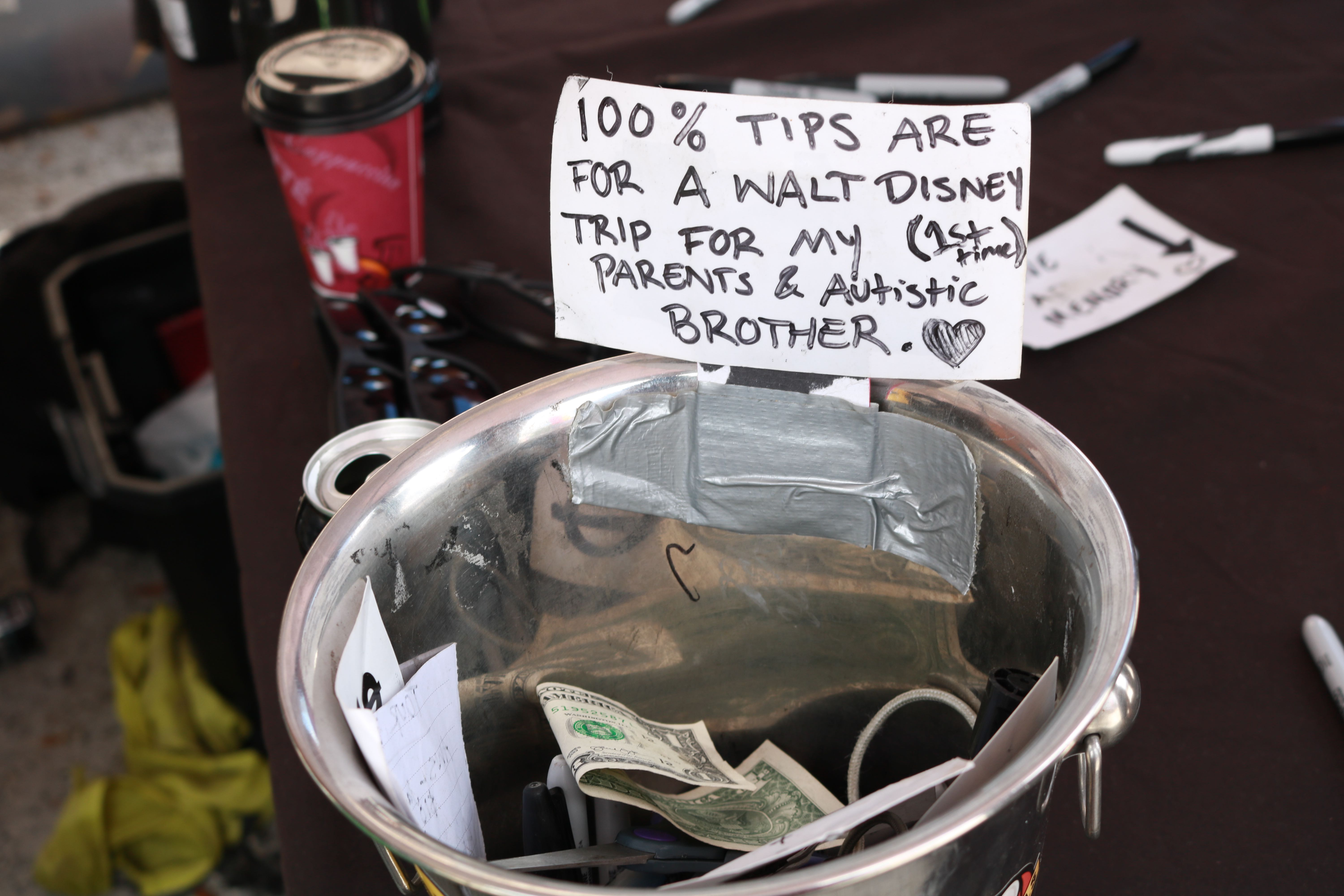 Tip jar Disney 2