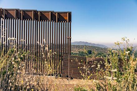 Border+Wall.jpeg