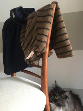 """Felpe """"Matilda"""" in jersey di lana a manica lunga con soffietto sul retro."""