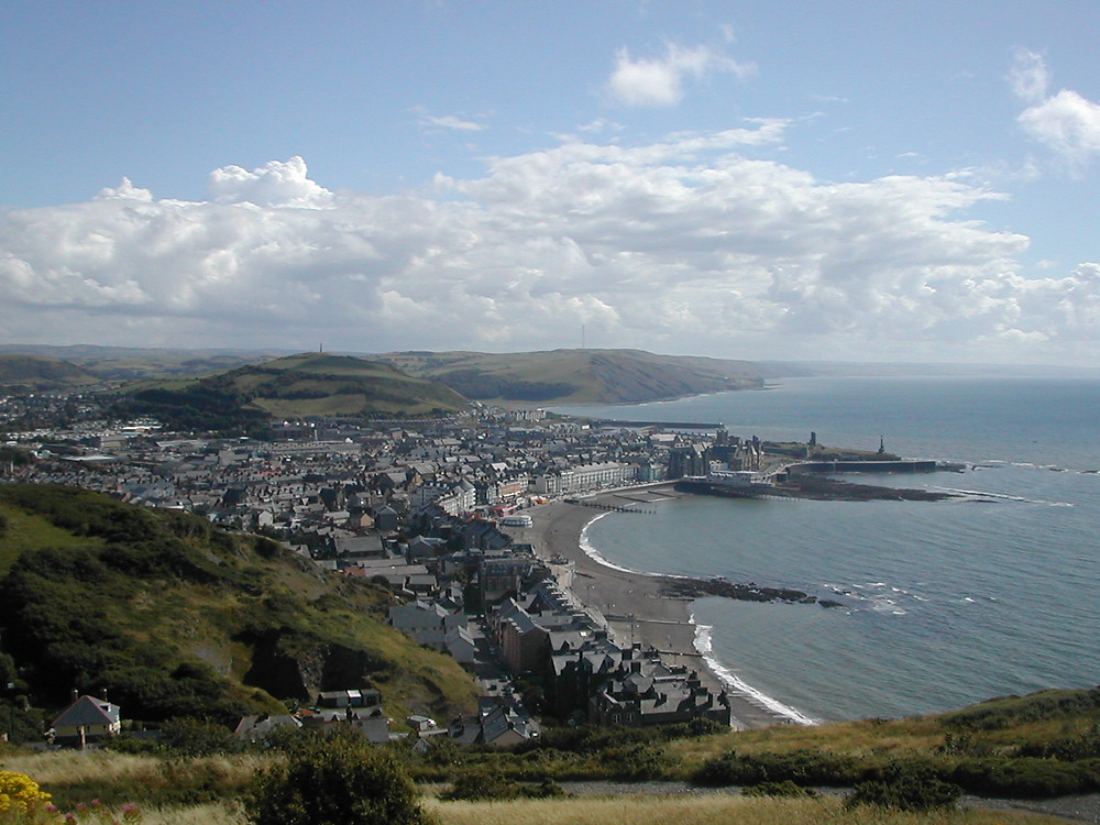 """""""Aberystwyth shore"""" by Gjt6Licensed under CC BY-SA 3.0 via Wikimedia Commons."""