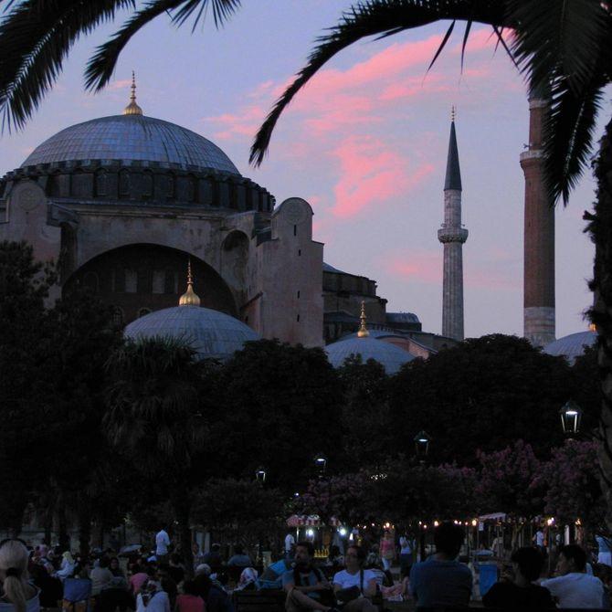 Moschea Blu al tramonto Foto ©CECILIA MARTINO
