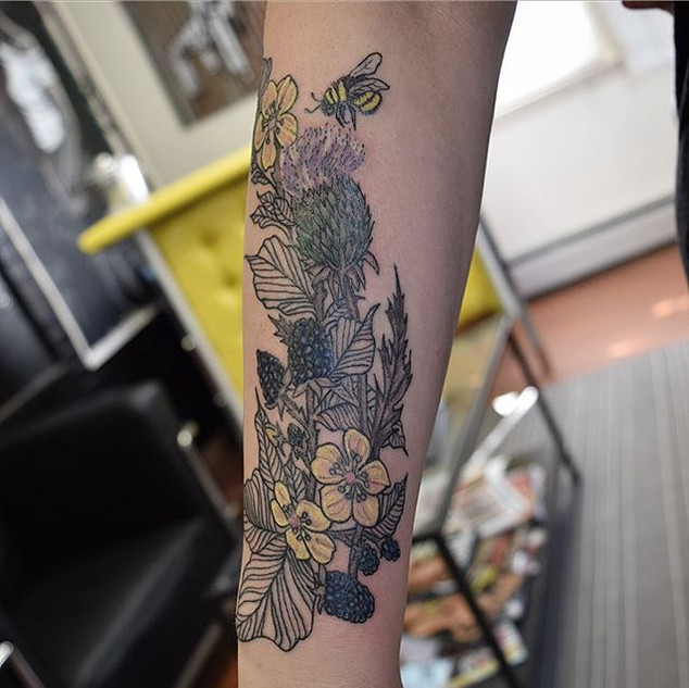 #blackberry #thistle and #bumblebee #tat