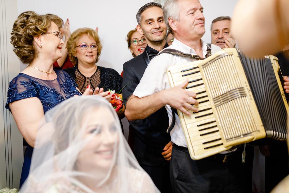 Nunta Oana si Iulian (215).jpg