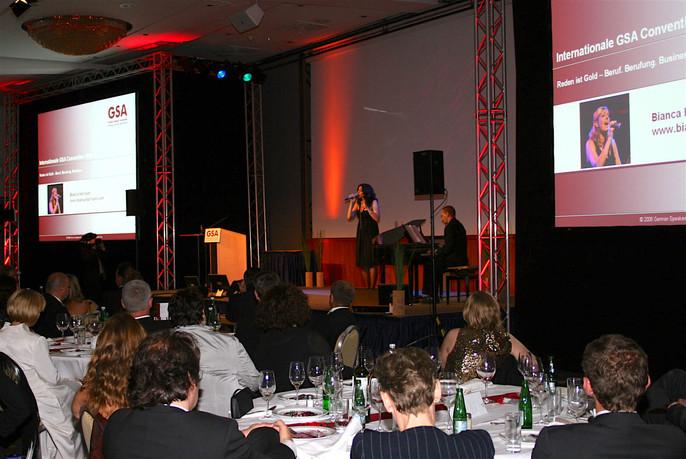 GSA Speaker Convention Salzburg im Duo mit Pianist Michael Blümel