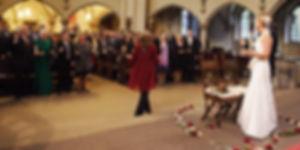 Gospelsängerin zur Hochzeit Kirche.jpg
