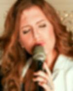Gefühlvoller Gesang Trauung mit Mikropho