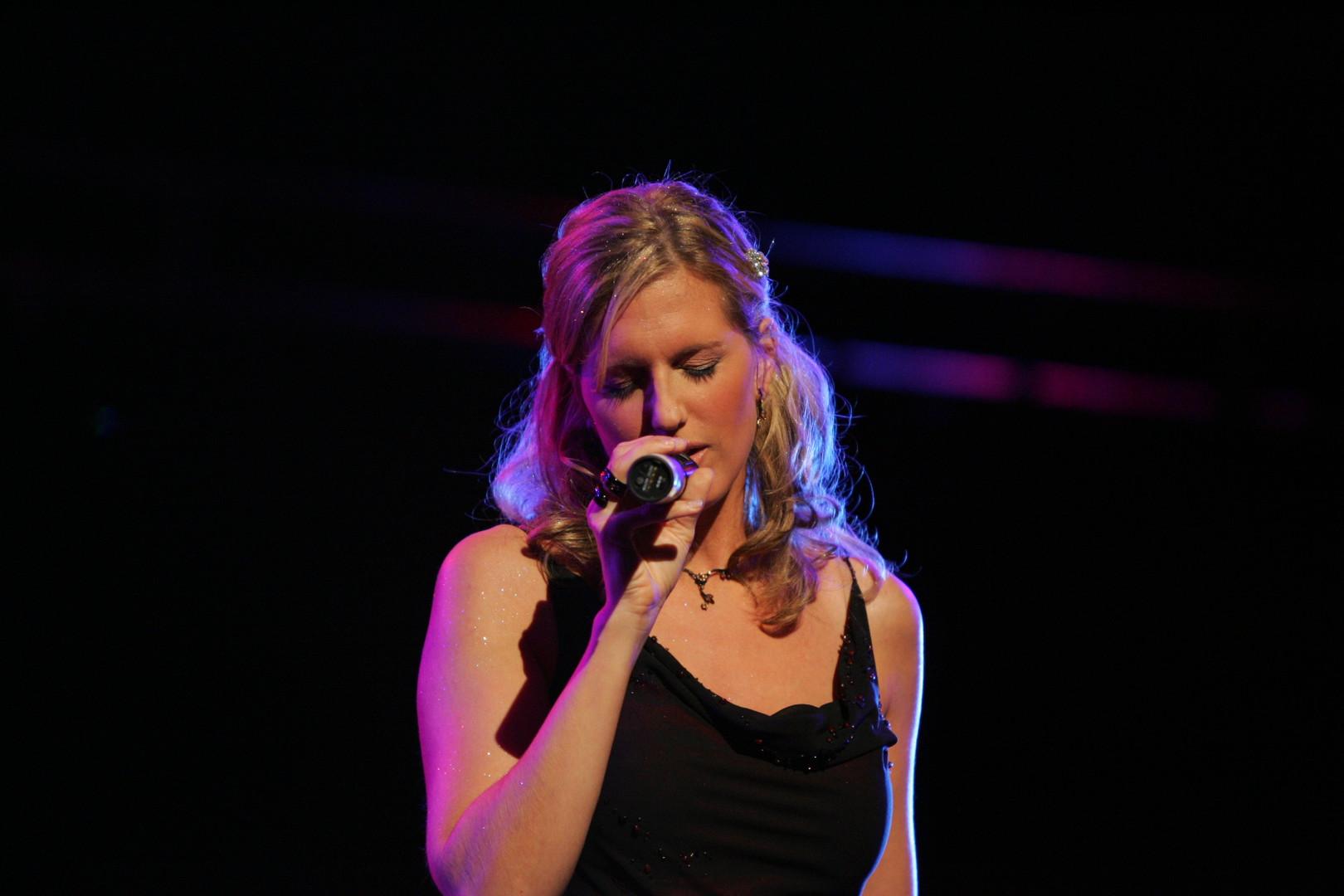 Bianca Harrison als einzige Solistin beim Gospelaward Berlin im Rahmen der Popkomm