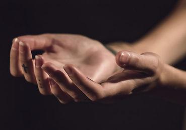 hands-1047634 Kopie.jpg