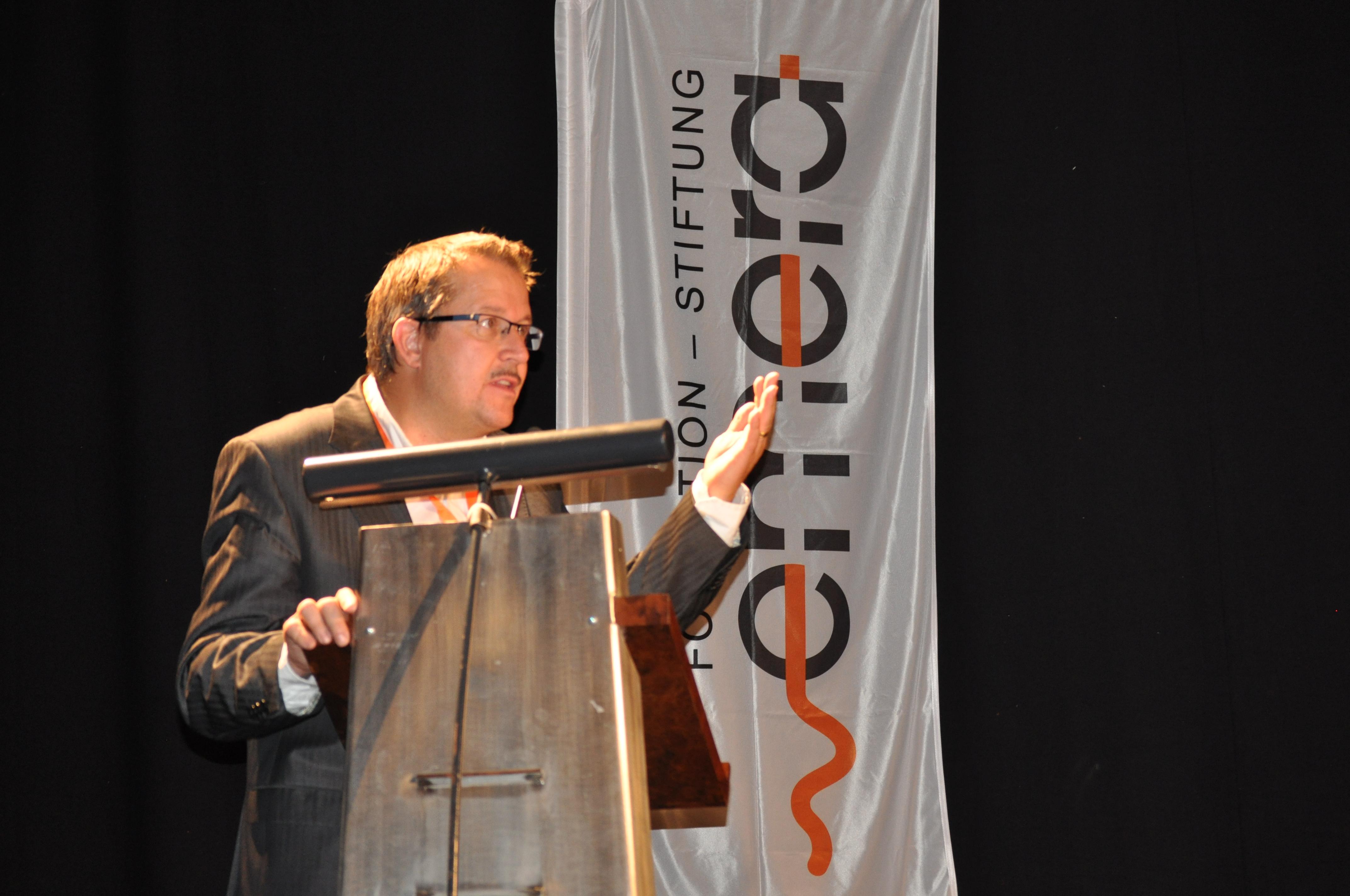 Pascal Vuistiner, modérateur