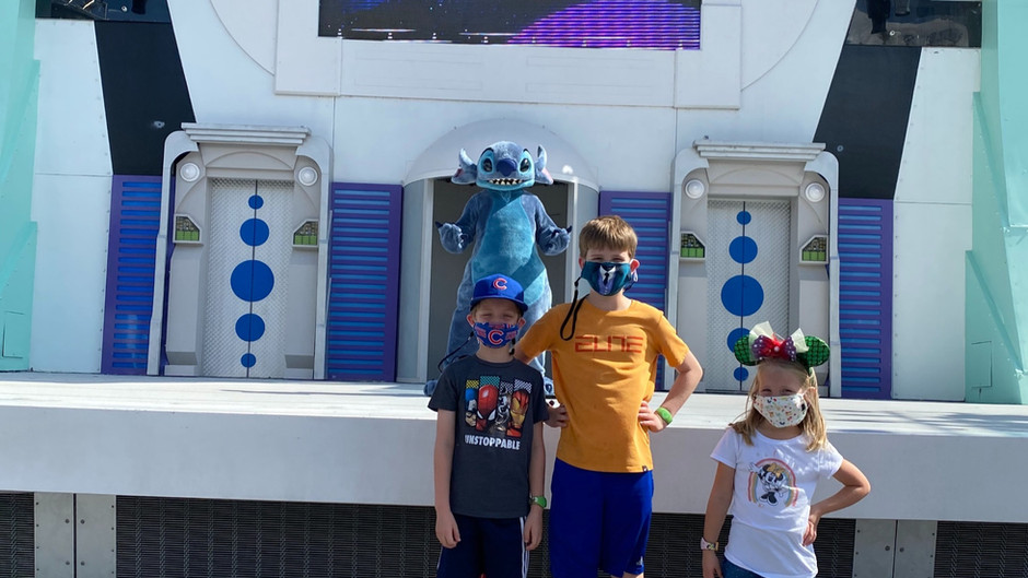 How to See the Fun Character Cavalcades at Disney World