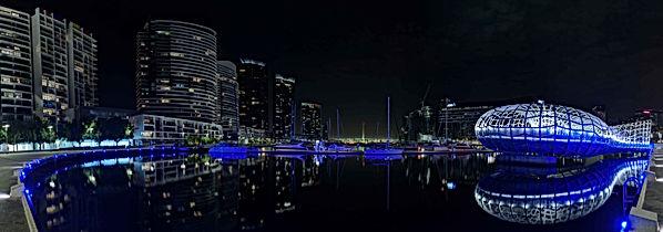 Webb Bridge, Docklands harbour