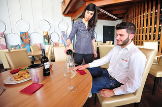 Vineyard Tours & Tastings