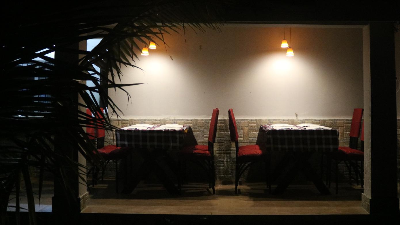 Dining @ Sunset Serenity
